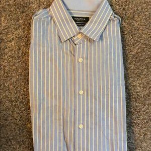 Classic Fit Nautica Men's Dress shirt 16 1/2 34/35